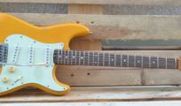E-Gitarre Gard Stratocaster Relic Handgefertigte