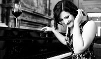Klavierspieler für Jazz/Blues/Pop-Duo gesucht.