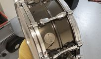 TAMA Starphonic Steel PST146 - 14x6 Stahl Snare (Black Nickel)
