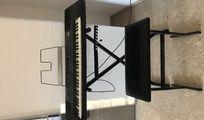 Roland E-500 Keyboard inklusive Zubehör