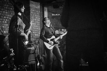 Guitar lessons Brussels and Waterloo, Belgium