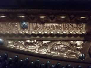 Vendo Piano Vertical Ed Seiller sec 19 - Perfeitamente conservado
