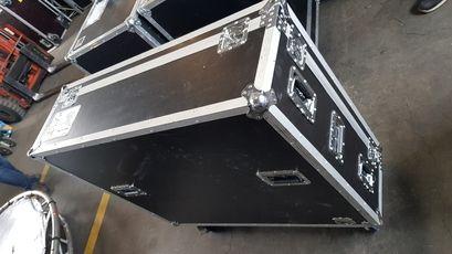 Allen & Heath iLive T-112 digitales Mischpult iDR-48 Stagebox