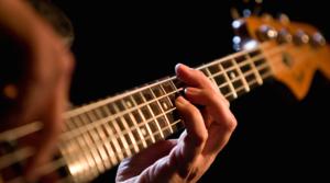 Guitares Basses